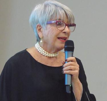 Hilda-Cañeque
