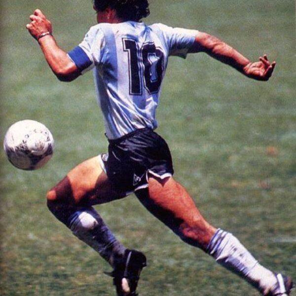 Maradona, el violín del pie